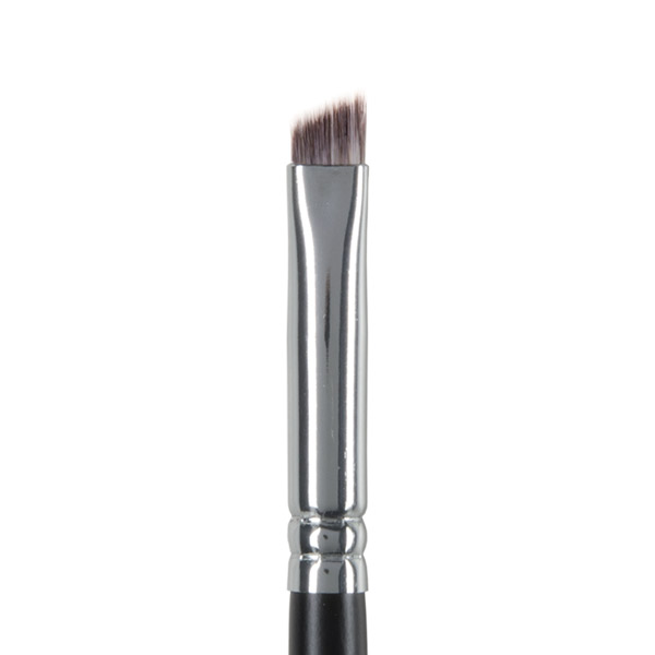 image of angled eyeliner brush with vegan brush bristles