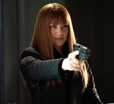 Olivia Dunham makeup look in red hair