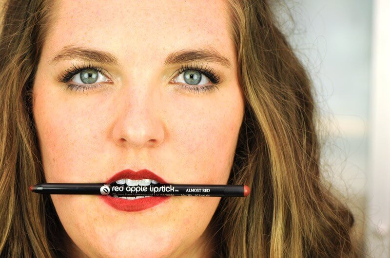 almost red Paraben Free lip liner