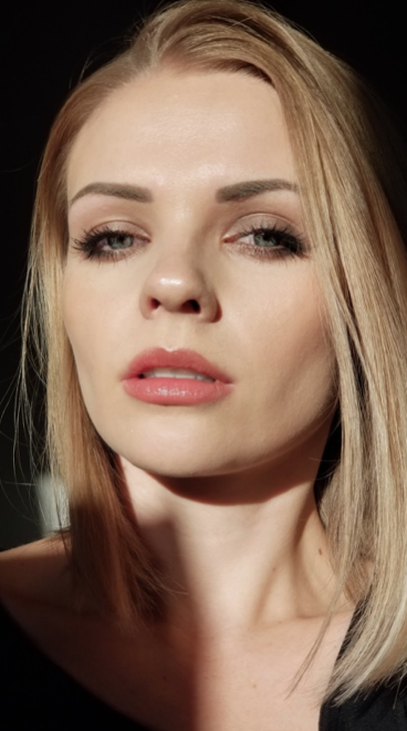 Image shows clean beauty Barbara wearing blush by Red Apple Lipstick in a trick to make you look younger.