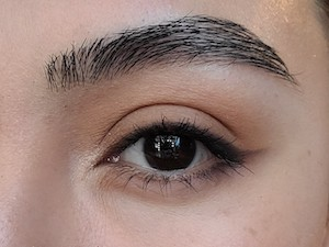 Image of Noemi's eye with Lash Project Mascara from Red Apple Lipstick for Date Night Makwup