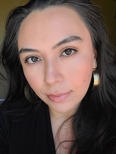Bronzed makeup look