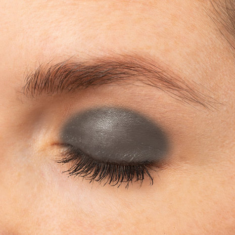 Black Magic Eye Swatch