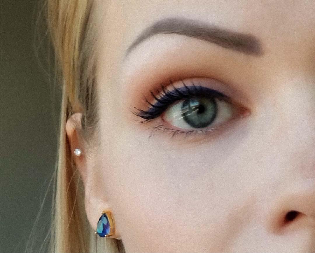 An image of a closeup of Barbara A. cat eye makeup look.
